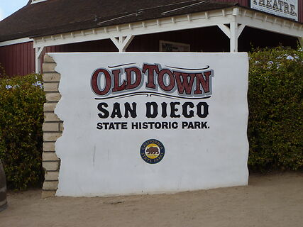"""photo shows the 'old town' San Diego sign. It reads """"old town san diego, state historic park"""""""